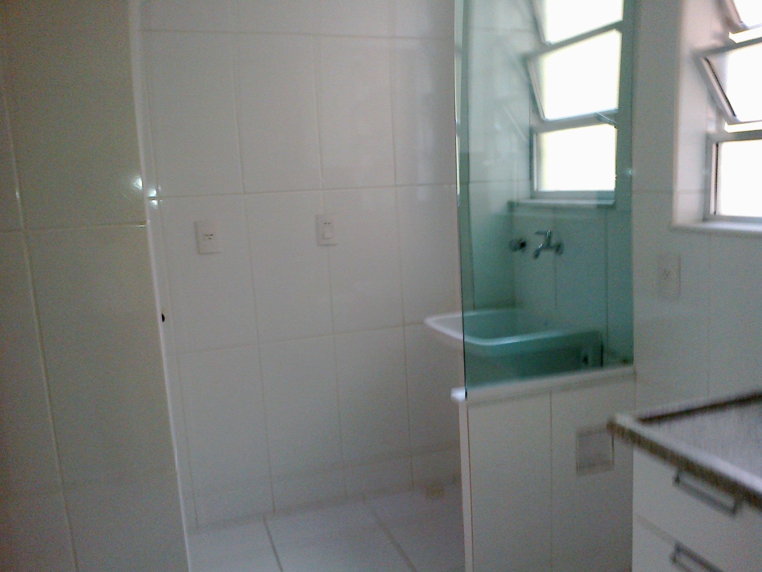 Vendo Apartamento com 2 quartos, sala, cozinha planejada, área de