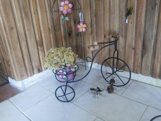 enfeite jardim bicicleta:Enfeite de Bicicleta em ferro parar vaso. Monte Castelo, Juiz de Fora